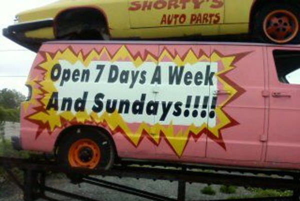Open 7 days van sign